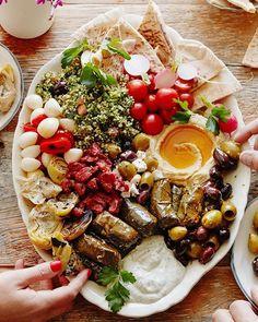 Mezze Platter via @feedfeed on https://thefeedfeed.com/party-platters/whatsgabycookin/mezze-platter