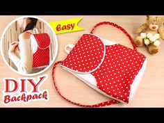 DIY BACKPACK TUTORIAL EASY IDEA ● Lovely Backpack Step by Step. This video DIY Backpack tutorial is about sewing the cute backpack from scratch easy and without making difficult templates. In this video I show you how to sew the backpack at home step by Backpack Tutorial, Diy Backpack, Toddler Backpack, Backpack Pattern, Pouch Tutorial, Small Backpack, Diy Tutorial, Cool Diy, Diy Crafts Tv