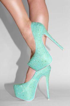Dejavu – Mint High Heels have theses shoes ! Mint High Heels, High Heels For Prom, Prom Heels, Platform High Heels, Green Heels, Teal Heels, Sparkle Heels, Glitter Heels, Stilettos