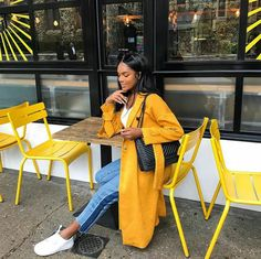 a touch of yellow. Yellow coat