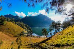 Ranu Kumbolo, Gunung Semeru, Lumajang, Jawa Timur, Indonesia.