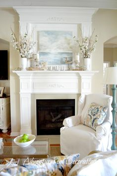 Beach painting with light florals and candles makes the perfect summer mantel decor display. Beach painting with light florals and candles makes the perfect summer mantel decor display. Coastal Living Rooms, Living Room Decor, Living Room Mantle, Dining Room, Living Area, Summer Mantel, Fireplace Design, Fireplace Ideas, Beach Fireplace