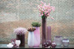Vase Robert - Tall cylinders - Cylinders - Set Vases - Set b Boconcept, Ancient Ruins, Season Colors, Eye Color, Tree Branches, Bunt, Flower Arrangements, Glass Vase, Art Pieces