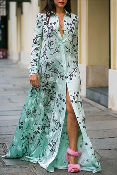 The sexy floral print long sleeve maxi dress with high front split is a good choice of fashion and you will love it. Plus Size Maxi Dresses, Sexy Dresses, Casual Dresses, Fashion Dresses, Fashion Shirts, Women's Fashion, Latest Fashion, Urban Fashion, Fashion Clothes