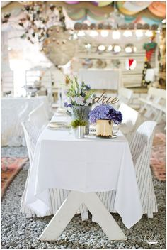 Schantél Merwé captured this festive JanHarmsGat wedding. Merlin is a pilot and Carla was a flight attendant that met whilst working together Blog Online, Finding True Love, Wedding Venues, Wedding Ideas, Happily Ever After, Tablescapes, Romantic, Table Decorations, Birthday