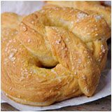WHOA, WHOA, WHOA THERE.  Wait a minute.  There's a recipe for PRETZEL BUNS out there and I didn't know about it?!?!  What's wrong with the world?!?