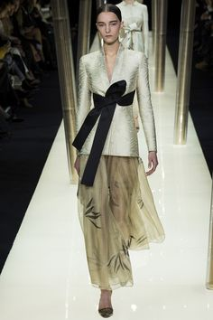http://www.vogue.com/slideshow/8988433/armani-prive-spring-2015-couture-runway/