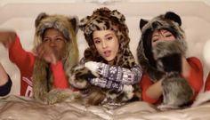"""Ariana Grande MV""""Santa Tell Me"""""""