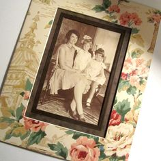 8x10 Vintage Mat for a 4x6 Print  Great treatment for old black and white photos. This mat was made from vintage wallpaper.