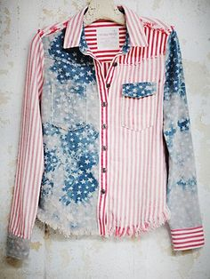 Um, hello perfect American flag buttondown. I need this for the 4th.