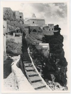 Santorini, Mykonos, Rare Photos, Old Photos, Greece Pictures, Greek Culture, Old Postcards, Greek Islands, Island Life