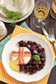 Juditka konyhája: ~ SÜLT CAMEMBERT SÜLT CÉKLÁVAL ~ Waffles, Nom Nom, Breakfast, Food, Morning Coffee, Essen, Waffle, Meals, Yemek