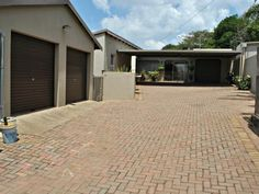 3 Bedroom House For Sale in Florida Hills, Roodepoort South Africa. 3 Bedroom House, Property For Sale, South Africa, Florida, Outdoor Decor, Home, The Florida, Ad Home, Homes