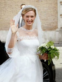 MYROYALSHOLLYWOOD FASHİON:  Wedding of Prince Amedeo of Belgium, Archduke of Austria Este, and Miss Elisabetta (Lili) Maria Rosboch von Wolkenstein, Rome, July 5, 2014-The Bride