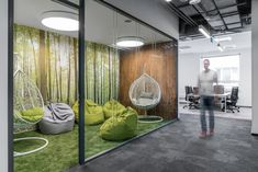 BIT CREATIVE Barnaba Grzelecki has completed the office design for an insurance company, located in Warsaw, Poland On 6000 square metres of area Open Office Design, Office Interior Design, Office Interiors, Cafeteria Design, Innovative Office, Creative Office Space, Modular Office, Office Lounge, Arquitetura