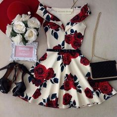Too short but the pattern is gorgeous My Workspace, Short Dresses, Formal Dresses, Dream Closets, Fashion Tips, Model, Outfits, How To Wear, Carrie Bradshaw