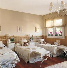 Kids Bedroom for Three Teen Bedroom, Room Decor Bedroom, Bunk Rooms, Girl Room, Interior Design Living Room, Furniture, Home Decor, Triplets, Buenas Ideas