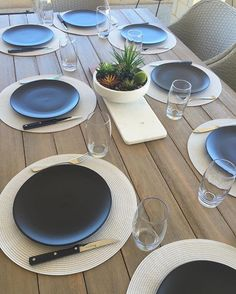New Kmart plates, placemats and succulent bowl for family BBQ tonight! Perth turned the weather on!!! #kmartaus #kmarthome #kmartliving #kmartstyling #kmartbargains