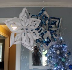 Funny thing: my post for last year's Dare to Deck the Halls? Also giant snowflakes. But! Last year I was too timid to write my own tutorial, so I found one on another blog and linked to it. Really, there are a gazillion tutorials on making these snowflakes; the world probably does not need another one. But, uhh, I'm writing … Continue reading →