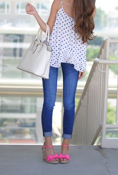 Black and white polka dots paired with Kate Spade pink bow wedges.