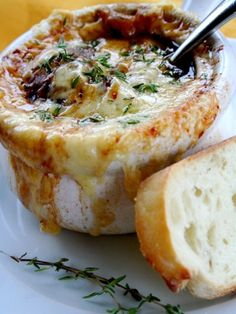 WOW this vegetarian french onion soup looks Awesome and easy to create too an obvious try for foodies
