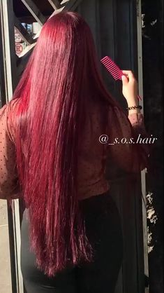 Bright Red Hair, Hair Color Purple, Red Pink Hair, Cute Hair Colors, Red Color, Red Hair Tips, Red Hair Inspo, Black Hair Video, Long Hair Video