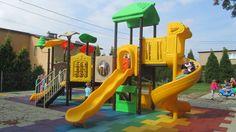 Place zabaw mogą być naprawdę bardzo różnorodne. Plac może przypominać na przykład dżunglę albo stację kosmiczną, a może jeszcze statek piracki? Każdy plac zabaw będzie rozwijał dziecięcą wyobraźnie. Dzięki temu pozwala on na nieskończoną ilość zabaw. http://spil.pl/realizacja-jejkowice-plac-zabaw-zrealizowany-programu-9-1-1/