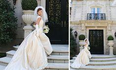 Love this '50's style wedding dress