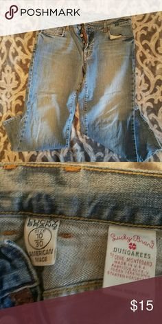 Lucky Brand Jean Capri Tag reads Dungarees. Hit mid calf. Lucky Brand Jeans Ankle & Cropped