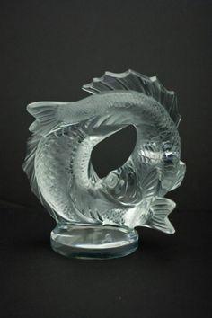 """LALIQUE FRANCE CRYSTAL """"DEUX POISSONS"""" FISH FIG"" - Lalique France crystal double fish figurine. Titled ""Deux Poissons"". Designed by Marc Lalique in 1953."
