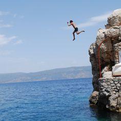 Vagabond Reisemagasin: Hydra – snarvei til gresk øyeventyr! - http://www.vagabond.no/reportasjer/2013-05/hydra-kortdistansevinner-i-gresk-oymesterskap