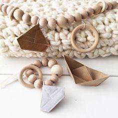 #wagenspanner #speelring #rammelaar #babykamer #kidstoys #kraamcadeau #wood #felt #sail #zeilbootje