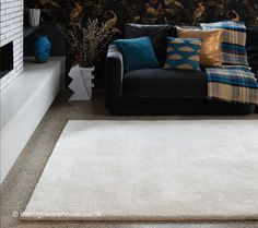 Aran Ivory Rug, a luxurious plain rug hand-tufted from wool (60%) & viscose (40%) yarn that is soft & thick http://www.therugswarehouse.co.uk/white-rugs/aran-ivory-rug.html #rugs