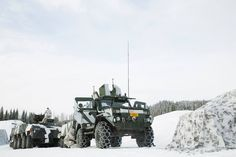 Finnish Army Patria AMV & RG32M [2048x1365]