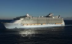 Worlds Biggest Cruise Ship Oasis Of The Seas Is The Worlds - Top 10 biggest cruise ship