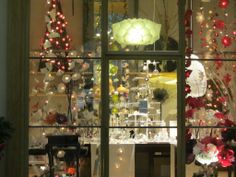 Galeries Lafayettes noël 2013 - Paris Galerie Vivienne, 2013, Christmas Tree, Paris, Holiday Decor, Home Decor, Display Cases, Galleries, Teal Christmas Tree