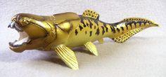 F1355 B57 - Dunkleosteus extinct fish, 7-inch museum-quality plastic replica