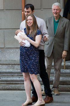 Lundi, la fille unique de Bill et Hilary Clinton a quitté la maternité avec son nouveau-né.