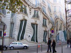 paris hoarding