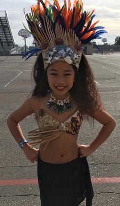 Authentic Tapa Cloth And Lauhala. Bra, Half Fringeless Pareo And Headpiece. Cute Little Girl Dresses, Cute Little Girls, Egyptian Goddess Costume, Tahitian Costumes, Tahitian Dance, Toddlers And Tiaras, Hawaiian Dancers, Native Wears, Headpiece