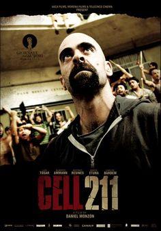 Celda 211 fransa ve ispanya ortak yapımı bir aksiyon - dram filmidir. juan gardiyan olmak üzere bir hapis hanede işe başlamaktadır. Bir gün işe erken gelir ve iş arkadaşları ona hapishaneyi gezdirirler. Bu sırada tavandaki bir çatlaktan jufanın kafasına taş düşer ve bayılır. Gardiyanlar juanı 211 numaralı hücreye götürerek