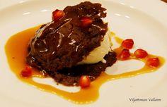 Viljattoman Vallaton: Rommiaprikoosi-kaakut kera jäätelön ja suolaisen k. Beef, Food, Meat, Eten, Ox, Ground Beef, Meals, Steak, Diet