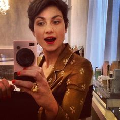 Street Style Star Eva Geraldine Fontanelli Shares Her Milan Beauty Black Book Beauty Guide, Black Books, Fashion Editor, Star Fashion, New Look, Milan, Short Hair Styles, Hair Cuts, Stylists