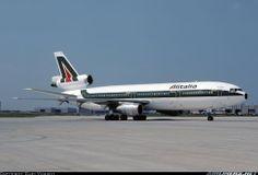 Alitalia MD11
