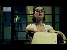 """Gustavo Cerati - Crimen """"Qué otra cosa puedo hacer, si no olvido moriré y otro crimen, otro crimen quedará sin resolver. Una rápida traición, salimos del amor talvez me lo busqué. Mi ego va a estallar ahí donde no estás"""""""