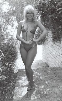 'Bond Girl' Kim Mills