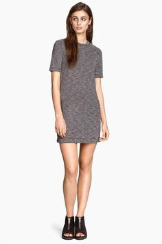 Vestido de mangas curtas | H&M