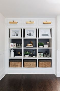 Home Design Inspiration - Built-In Bookshelves - Benjamin Moore Iron Mountain - Styled Bookshelves Home Design, Small Space Interior Design, Home Office Design, Interior Design Living Room, Design Design, Office Designs, Office Ideas, Graphic Design, Bookshelves Built In