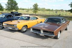 Super Bee & Dodge Charger