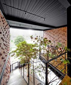 36 BTrd/ DP Architects